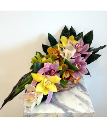 Aranjament orhidee colorate in cos