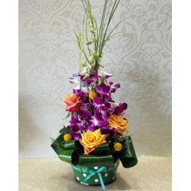 Aranjament 3D cu orhidee dendrobium si trandafiri