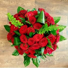 Buchet 39 trandafiri rosii