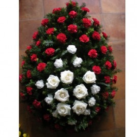 Coroana lacrima cu 8 trandafiri si 50 garoafe