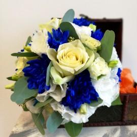 Buchet mireasa in alb si albastru