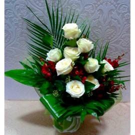 Buchet 9 trandafiri albi si orhidee