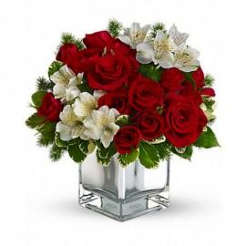 Buchet alb si rosu cu trandafiri si alstroemeria