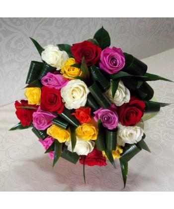 Buchet 23 trandafiri viu colorati