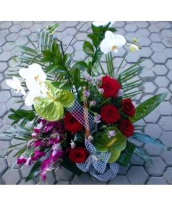 Cos cu plante si flori taiate