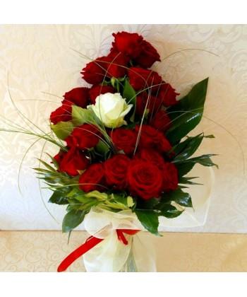 Buchet 25 trandafiri Grand Prix