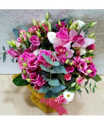 Buchete Flori Roz Cu Trandafiri Si Orhidee Roz Livrare Flori Roz