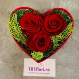 Aranjament inima nemuritoare din 3 trandafiri criogenati