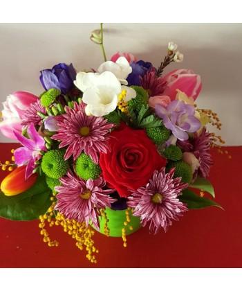 Aranjament Flori Colorate In Vas De Ceramica Livrare La Domiciliu