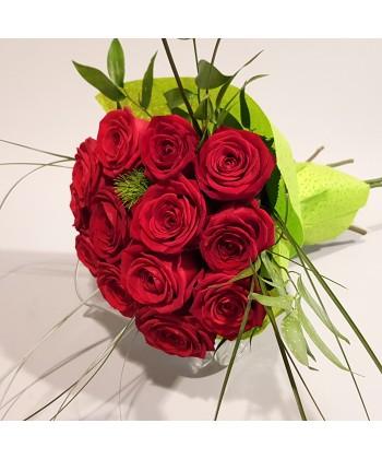 Buchet 17 trandafiri rosii Grand Prix