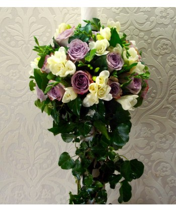 Lumanare nunta cu trandafiri si frezii