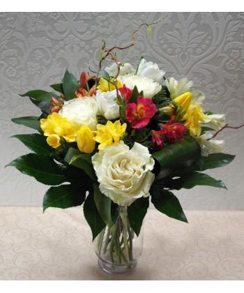Buchet mix cu flori colorate